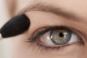 8 Crazy Makeup Tips For Hooded Eyes! Get A Crazy Eye Now