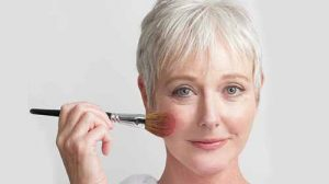 Perfect Makeup Tips For Older Women 2019. Take A Look!